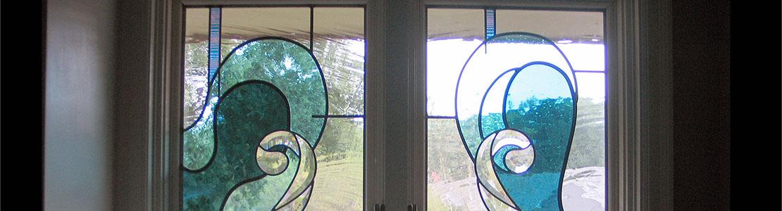 طراحی و اجرای شیشه های رنگی